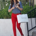 Courtesy of: http://atauds.wordpress.com/2011/09/06/get-the-look-khloe-does-red-pants/