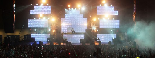 """Dayglow """"Life In Color"""" Tour Miami Featuring Alesso, Deniz Koyu And More"""