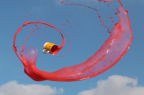 Manon Wethly's Instagram Catches Liquids in Motion